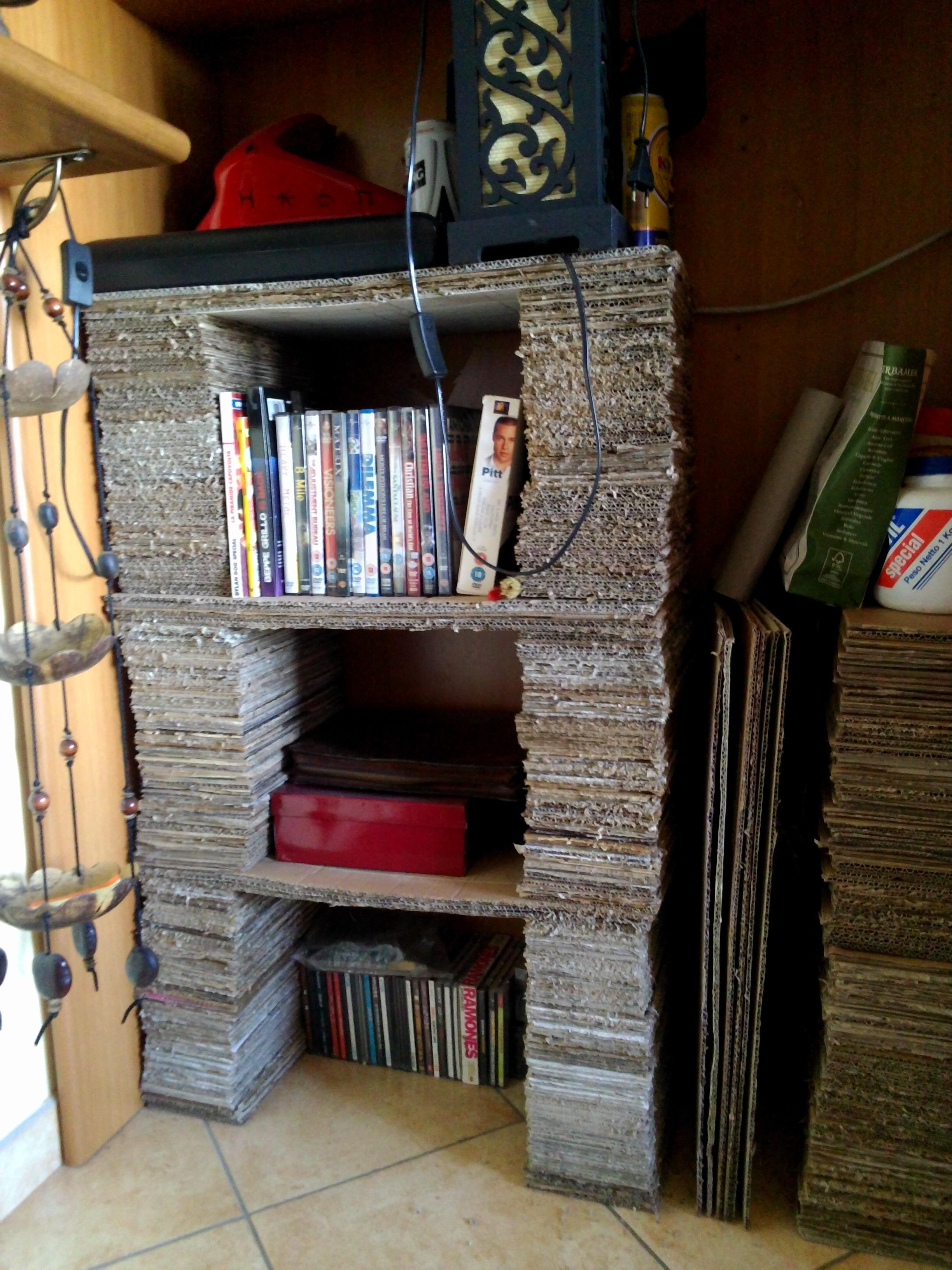 Libreria di cartone! – Enrico Stefàno| Consigliere Capitolino