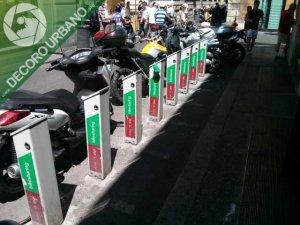 vandalismoincuria-roma-vicolo-delle-bollette-116-19866-0-0